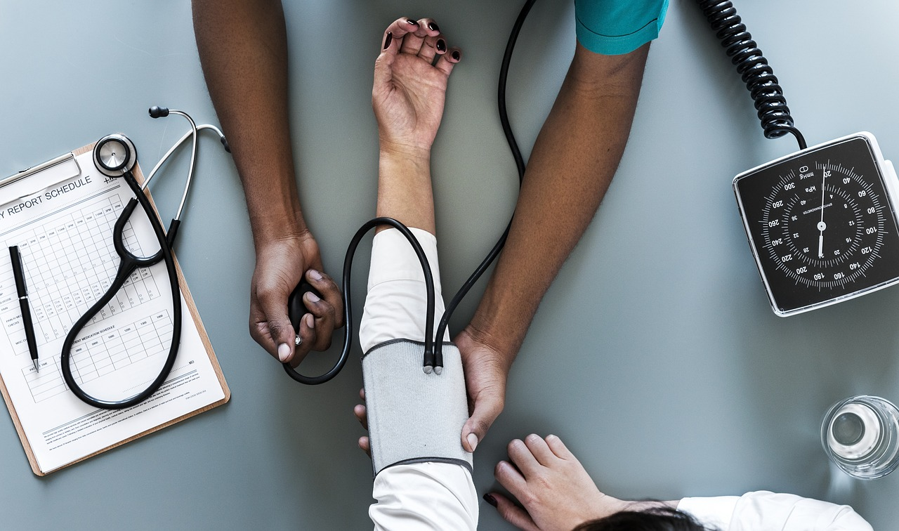 rozwiazanie-umowy-na-zwolnieniu-lekarskim