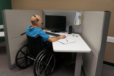 dodatkowy urlop pracownika niepełnosprawnego